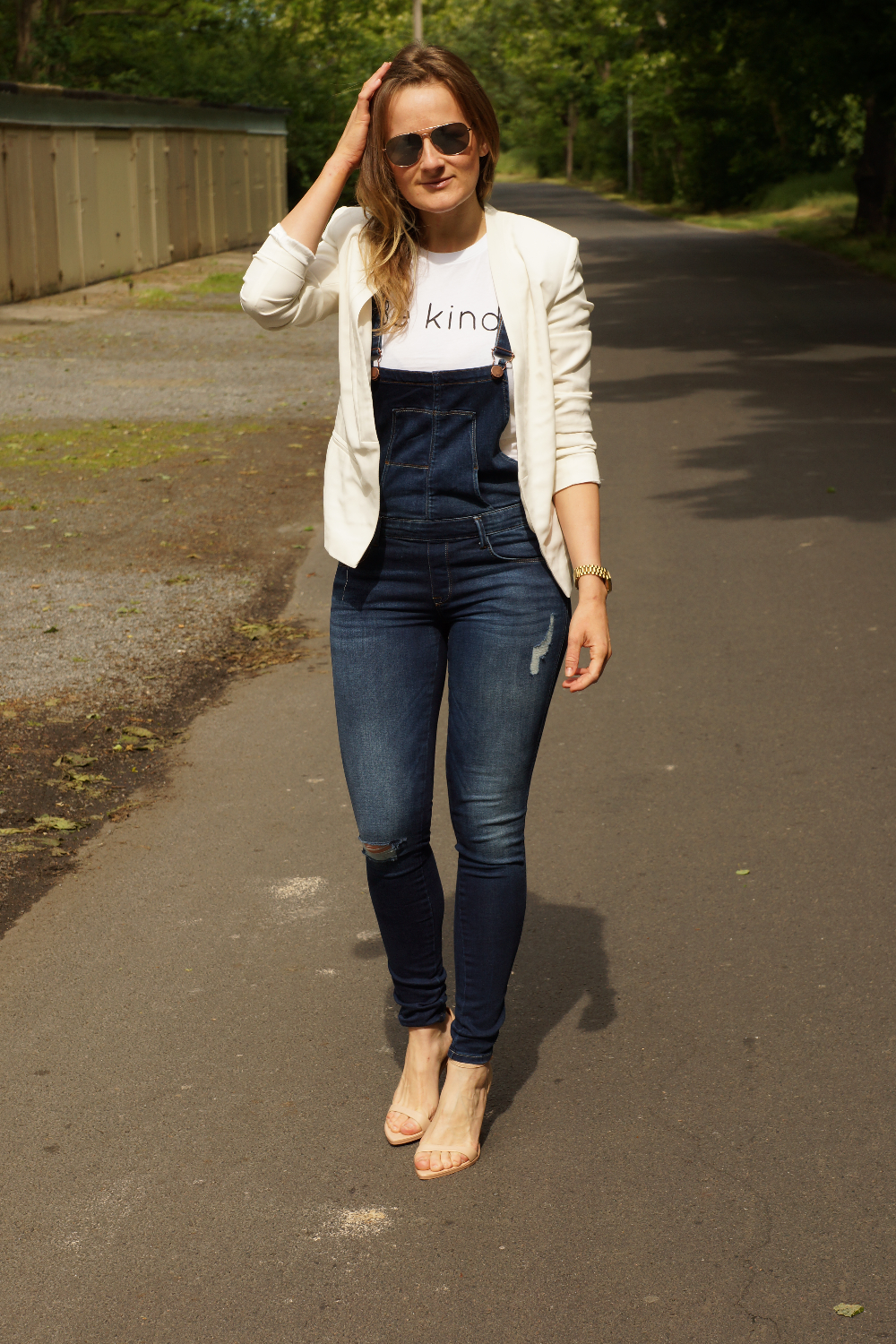 Overall + Heels + White Blazer + Be kind