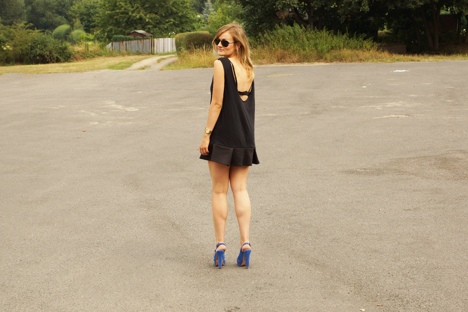 DIY LBD or what to do with your boyfriends old T-Shirt