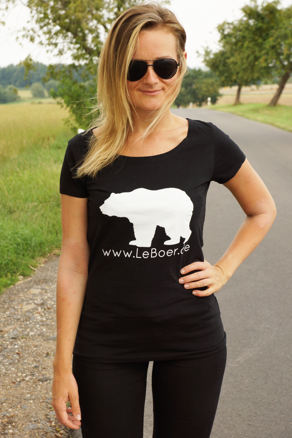 LeBoer, Tees for a good cause