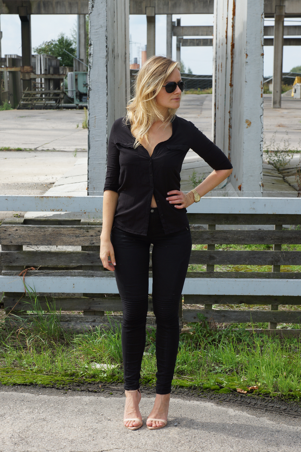 All black look | LeBoer